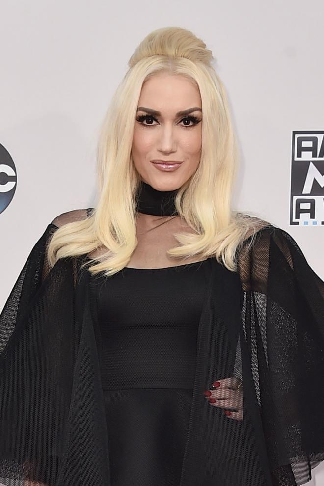 Peinados AMAs 2015: El look retro de Gwen Stefani