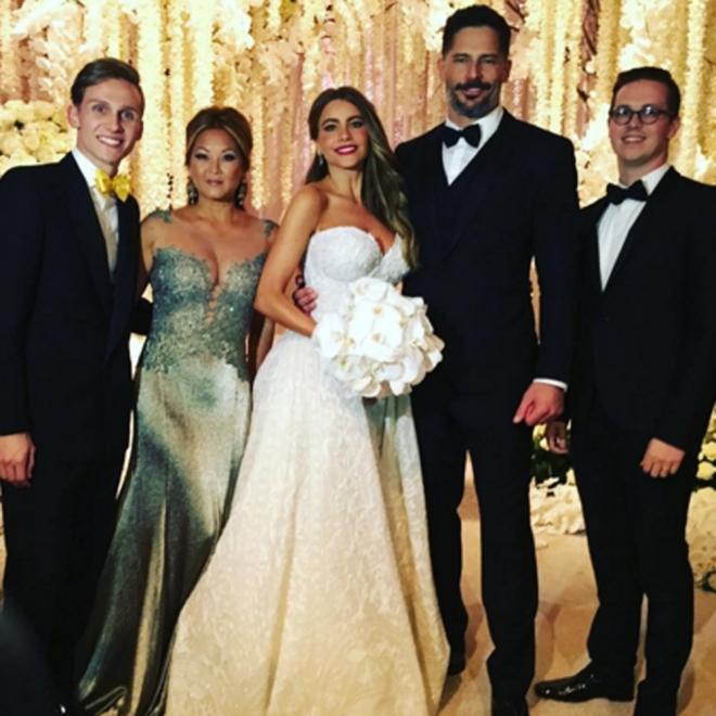 Boda de Sofía Vergara: posando con Joe Manganiello como marido y mujer