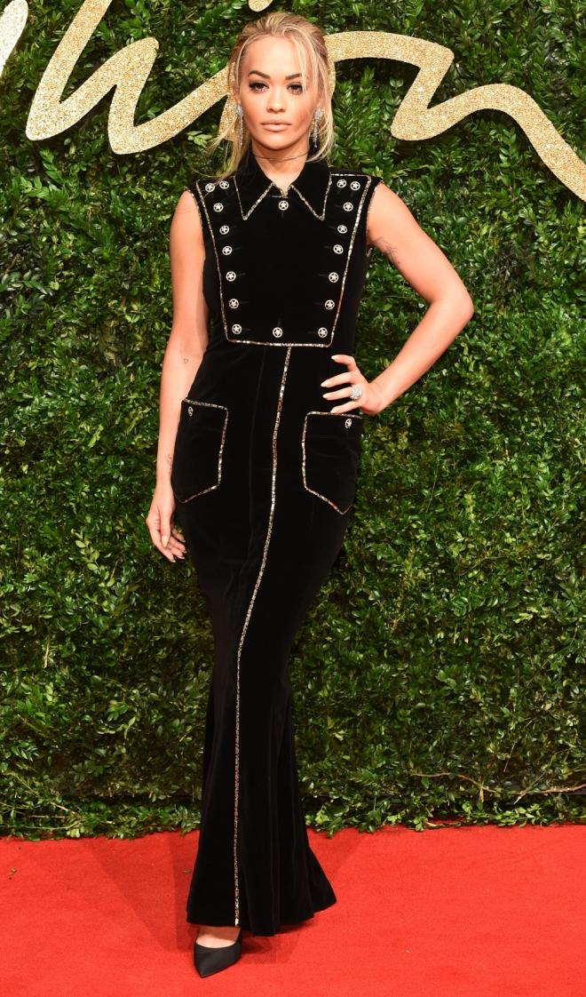 British Fashion Awards 2015: Rita Ora, sencilla y estupenda