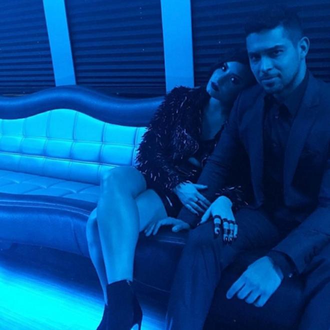 Demi Lovato y Wilmer Valderrama detrás de los AMAS 2015