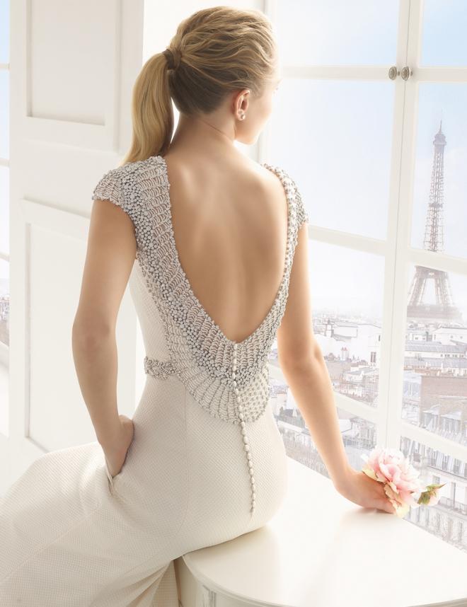vestidos de novia 2016: espalda con pedrería de rosa clará
