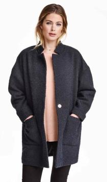 Abrigos para 2016: un abrigo de bouclé en azul de H&M