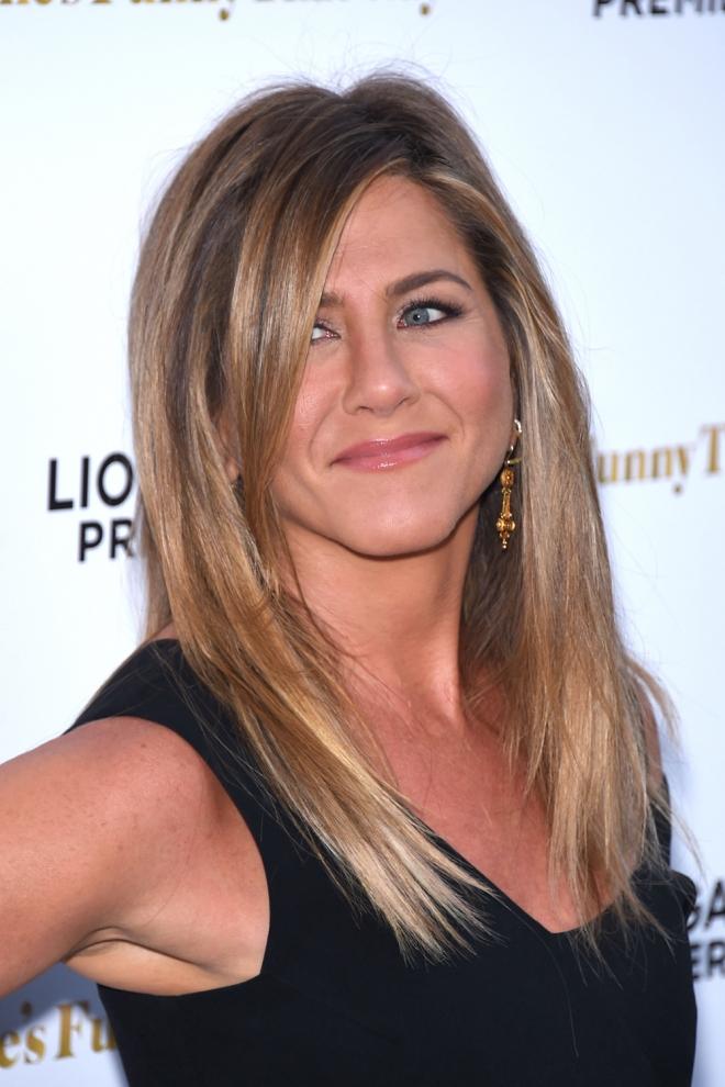 Cortes de cabello 2016: El clásico capeado de Jennifer Aniston