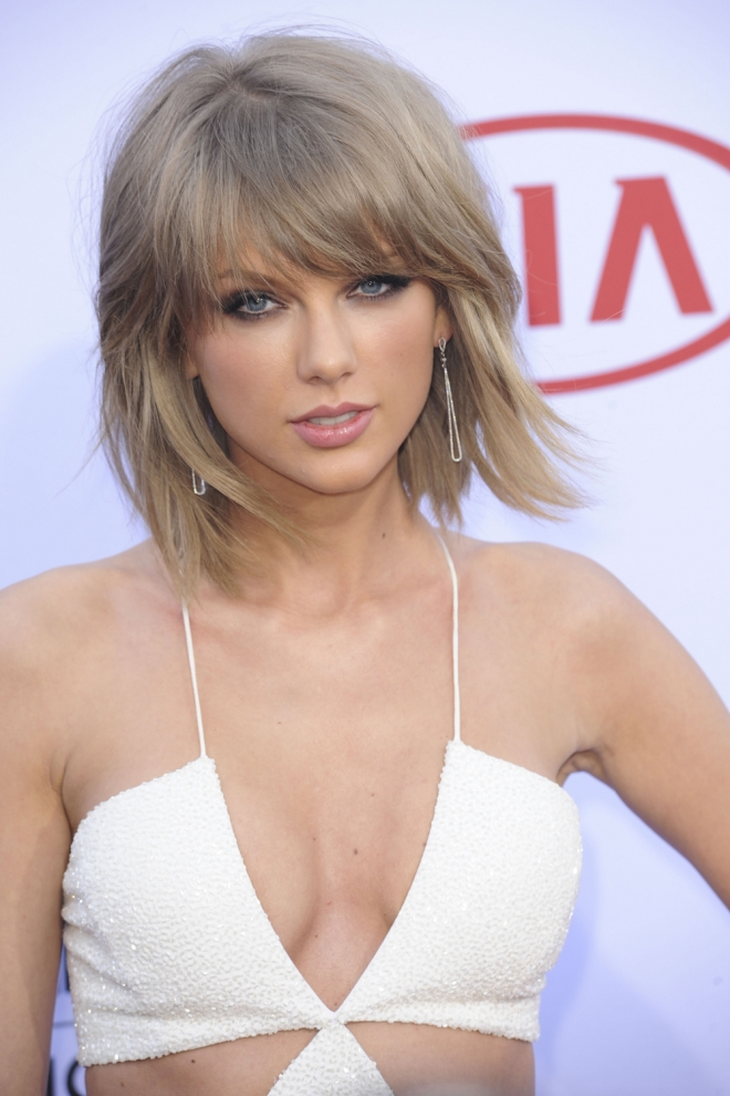 Cortes de cabello 2016: la melena midi de Taylor Swift