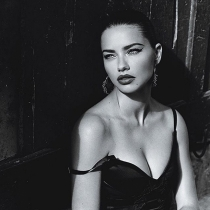 Forbes 2015: Adriana Lima, 8 millones