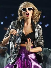 Taylor Swift es odiosa porque siempre lo hace todo perfecto