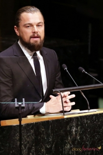 DiCaprio merece un Oscar porque también se atreve con películas diferentes