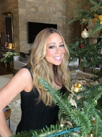 Mariah Carey, una experta en navidades con árbol incluido