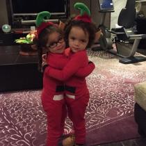 Los hijos de Mariah Carey, concienciados con la Navidad