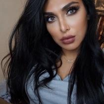 Huda Beauty, una cuenta de Instagram con millones de seguidores