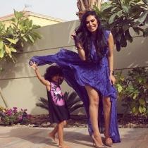 Huda Kattan, una diva divertida con su familia