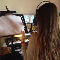 María Isabel, en el estudio de grabación