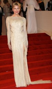 Vestidos Carolina Herrera: Renéne Zellweger, radiante y estupenda
