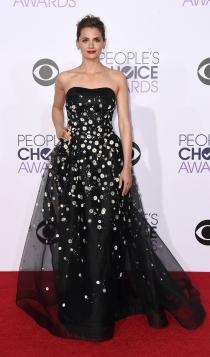Vestidos Carolina Herrera: Stana Katic, simplemente fabulosa