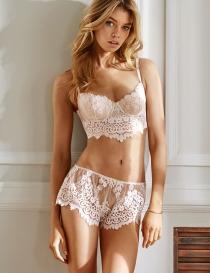 Un San Valentín cándido y romántico, así es Victoria's Secret