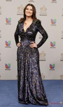 Famosas que son Tauro: Laura Pausini, muy sensual