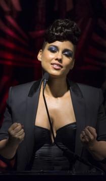Famosas que son Acuario: Alicia Keys