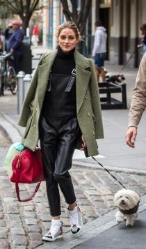 Abrigos sobre los hombros: Olivia Palermo, it girl por excelencia
