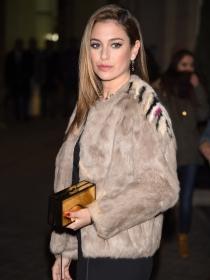 El abrigo de piel de Blanca Suárez, un look perfecto