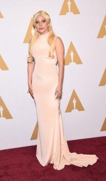 Oscars 2016: Lady Gaga, elegante y sofisticada