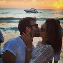 El beso de Alessandra Ambrosio y Jamie Mazur
