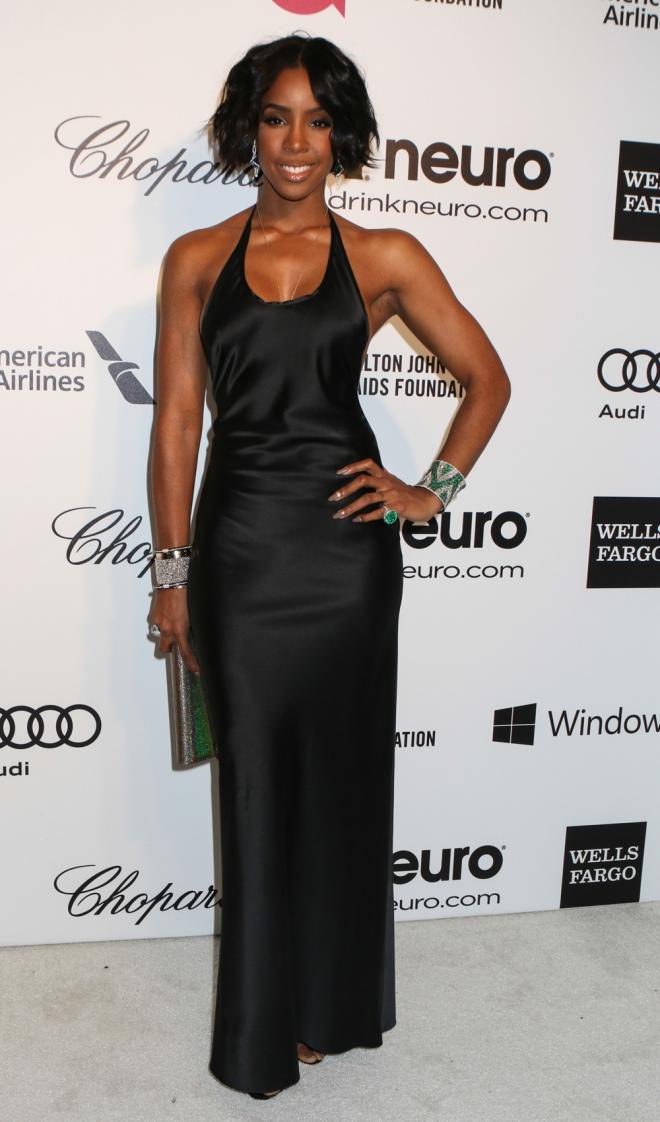 Kelly Rowland, espectacular con un vestido negro