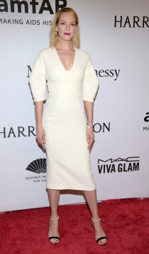 Gala amfAR de Nueva York: Uma Thurman, de blanco