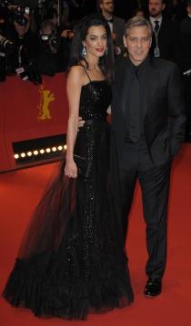 Berlinale 2016: Amal y George Clooney, estupendos de negro
