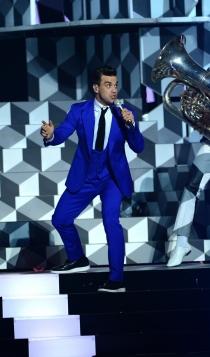 Robbie Williams, el eterno hombre de azul