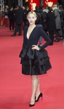 Berlinale 2016: Sarah Gadon, sencilla pero estupenda