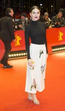 Berlinale 2016: María Valverde, sencilla pero radiante