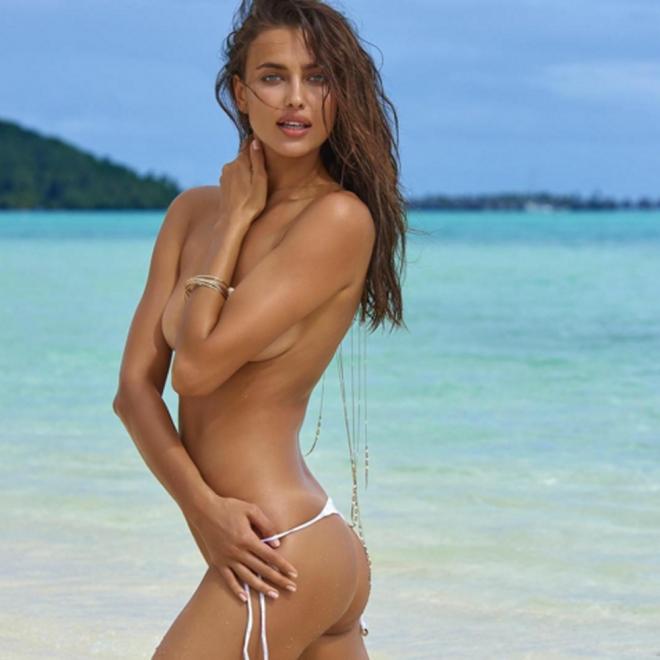 Famosas desnudas: Irina Shayk, otra vez en topless