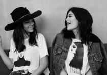 Hermanas en la moda: Kendall Jenner y Kylie Jenner