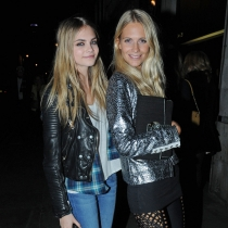 Hermanas en la moda: Cara Delevingne y Poppy Delevingne