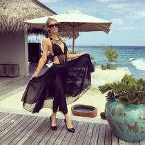 Paris Hilton, siempre fantástica en el paraíso