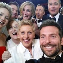 Momentazos de Oscars: un selfie de estrellas