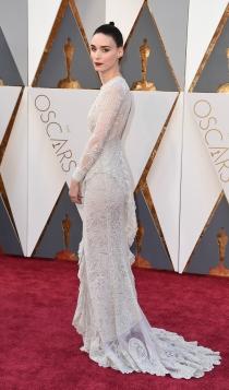 Oscars 2016: Rooney Mara, una novia de Givenchy