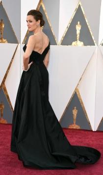 Oscars 2016: el vestido negro de Jennifer Garner con Versace