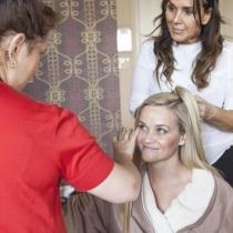 Reese Witherspoon, preparándose para los Oscars 2016