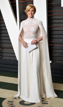 Vanity Fair Oscars 2016: Elizabeth Banks, radiante y estupenda