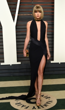 Vanity Fair Oscars 2016: Taylor Swift, muy sexy