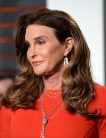 Peinados Oscars 2016: volumen para Caitlyn Jenner
