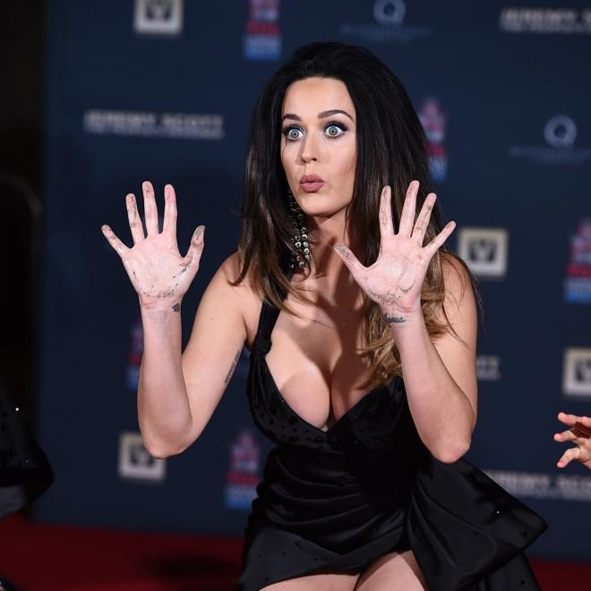Tatuajes En La Muñeca La Fe De Katy Perry