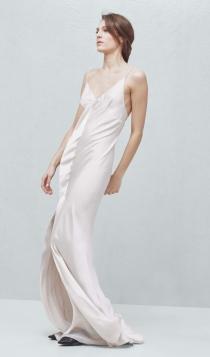 Vestidos de novia low cost: la opción de seda de MANGO