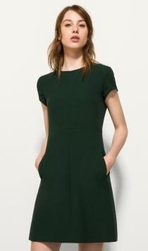 Vestidos cortos de fiesta: la discreción verde de Massimo Dutti