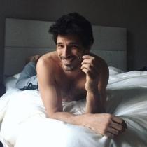 Andrés Velencoso, experto en las fotos en la cama