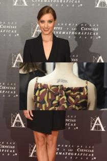 Tatuajes en la espalda: el te quiero de Michelle Jenner