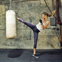 Famosas y deportistas: los ejercicios de Gisele Bündchen