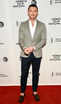 Tribeca 2016: Luke Evans, muy guapo