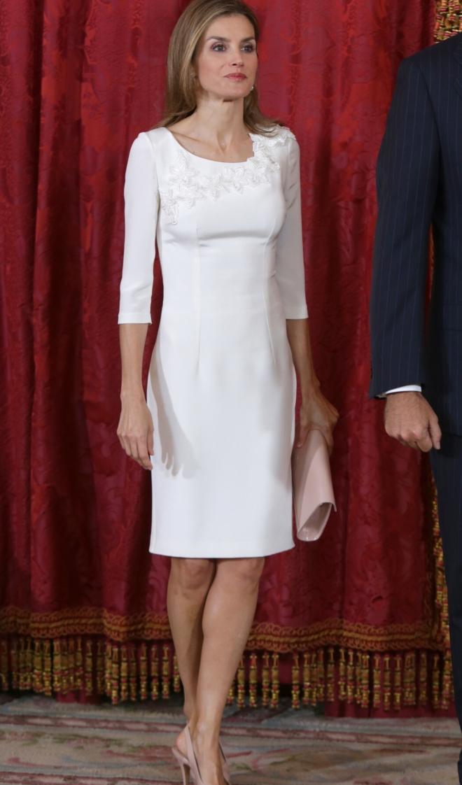 Imagenes de vestidos para graduacion blancos
